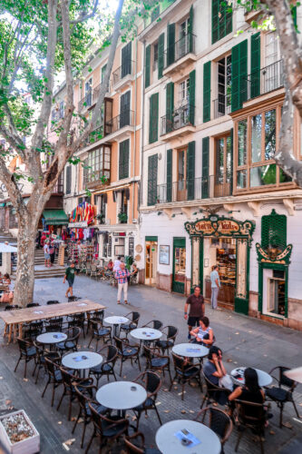 How to spend an afternoon in Palma Mallorca, Spain | Travel Guide | The Social Media Virgin Lifestyle Destination Blog for the Mature Woman