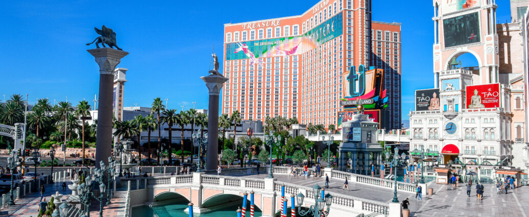 Visiting Vegas | Winter Sun Holiday Destinations | The Social Media Virgin