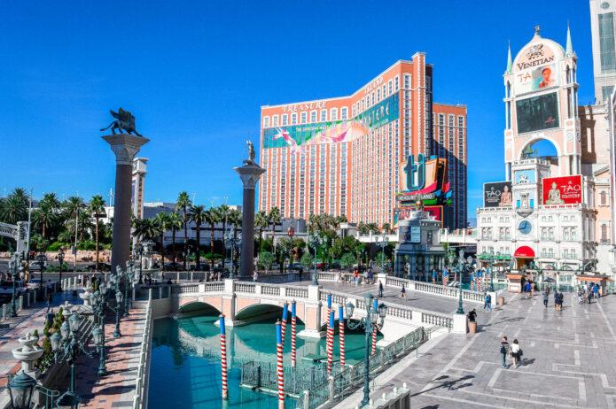 Visiting Vegas | Winter Sun Holiday Destinations | The Social Media Virgin